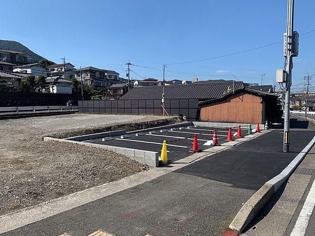 藤松地区にお住いの方、月極駐車場のご紹介です(*^▽^*)