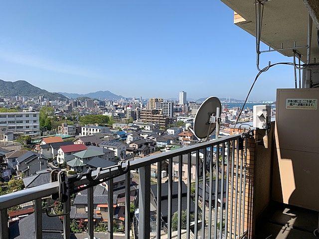 寺内のマンションのバルコニーからの風景です‼