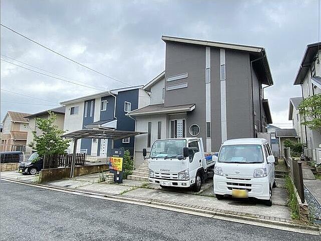 車3台駐車可能です(*^▽^*)