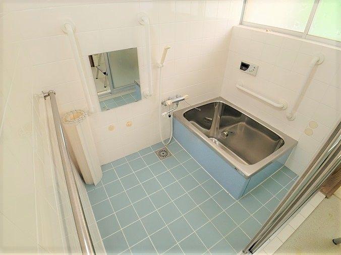 浴室程度良好です(*´▽`*)