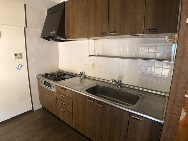 程度良好(^^)/ リビングを広く利用できる背面キッチン。