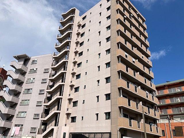各階2戸の独立性が保たれているマンションです。