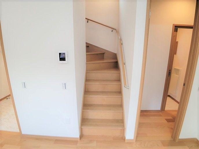 人気のリビング階段です。家族の状況が分かりやすいですね。